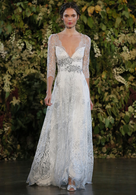 Evangeline Wedding dress by Claire Pettibone: Romantique