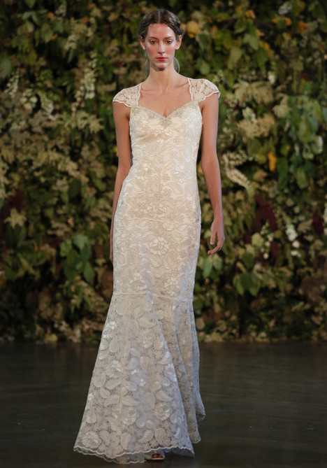 Gabrielle Wedding                                          dress by Claire Pettibone : Romantique