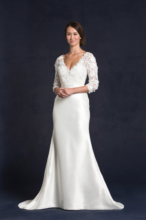 Gatsby gown from the 2015 Lis Simon collection, as seen on dressfinder.ca