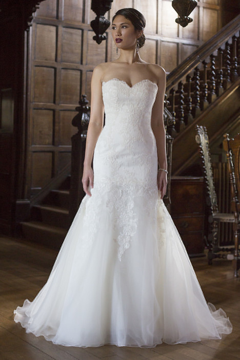 Julia gown from the 2015 Augusta Jones collection, as seen on dressfinder.ca