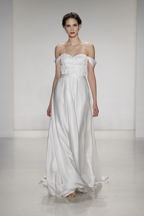 Giovanna gown from the 2015 Kelly Faetanini collection, as seen on dressfinder.ca
