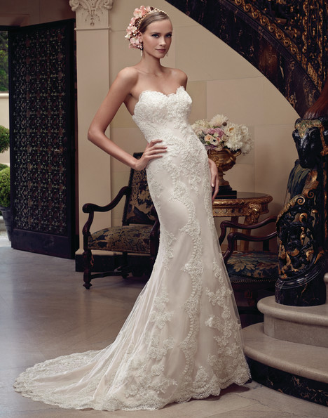 2201 gown from the 2015 Casablanca Bridal collection, as seen on dressfinder.ca