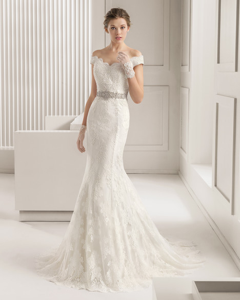 Santel Wedding dress by Rosa Clara Couture