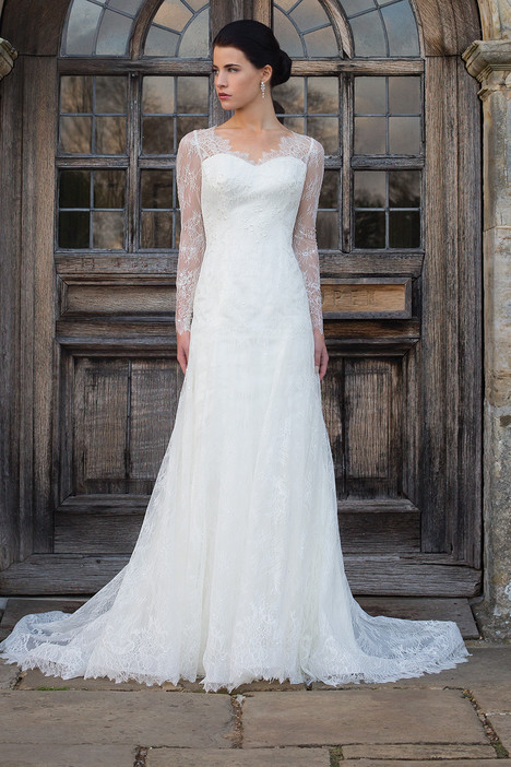 Tess gown from the 2015 Augusta Jones collection, as seen on dressfinder.ca