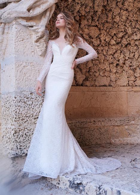 8507 Wedding                                          dress by Jim Hjelm