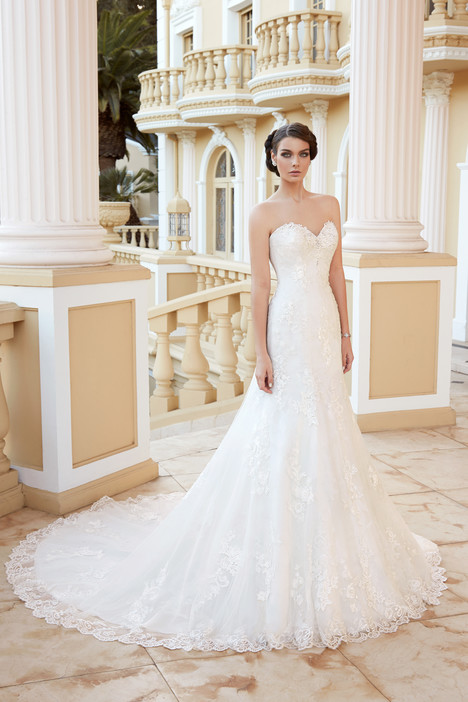 Elise Wedding                                          dress by KittyChen Ivoire