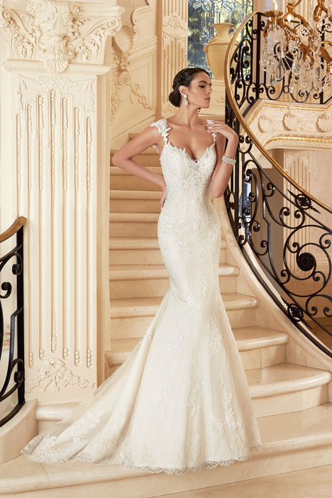 Fleur Wedding                                          dress by KittyChen Ivoire