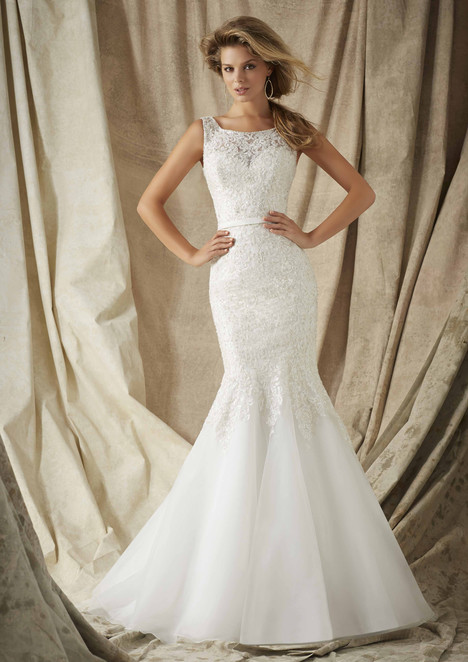 1326 Wedding                                          dress by Morilee AF Couture