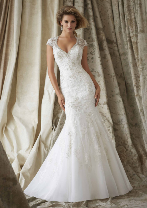 1329 Wedding                                          dress by Morilee AF Couture