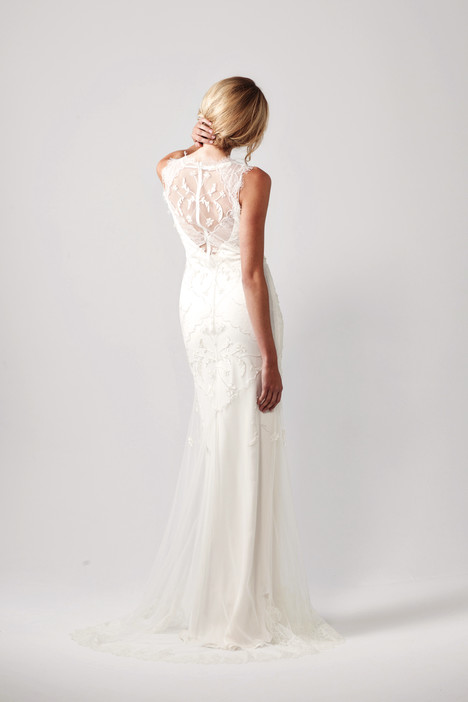 Faye Wedding                                          dress by Sarah Janks