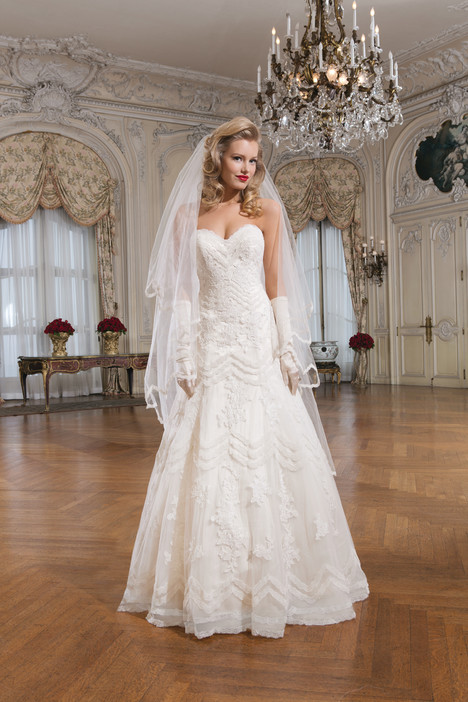 Style 8759 gown from the 2015 Justin Alexander collection, as seen on dressfinder.ca