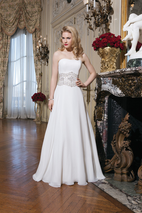 Style 8772 gown from the 2015 Justin Alexander collection, as seen on dressfinder.ca