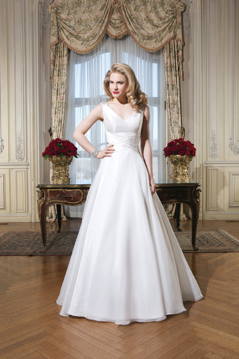 Style 8773 gown from the 2015 Justin Alexander collection, as seen on dressfinder.ca