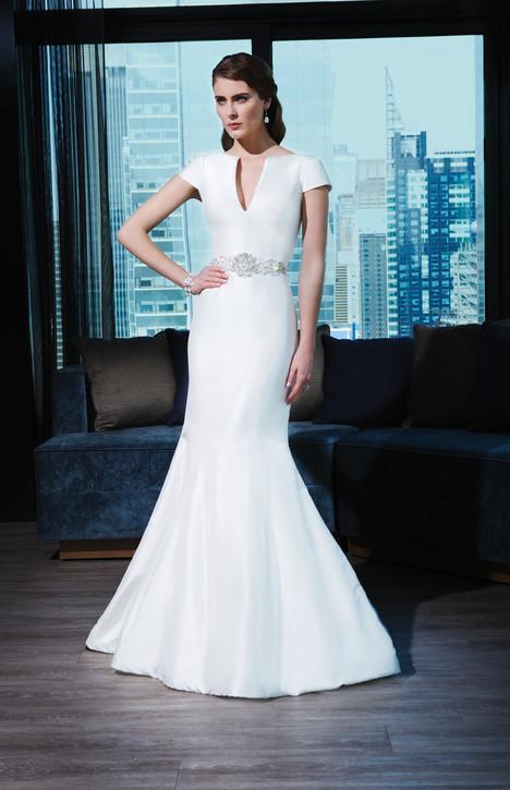 9765 Wedding                                          dress by Justin Alexander Signature