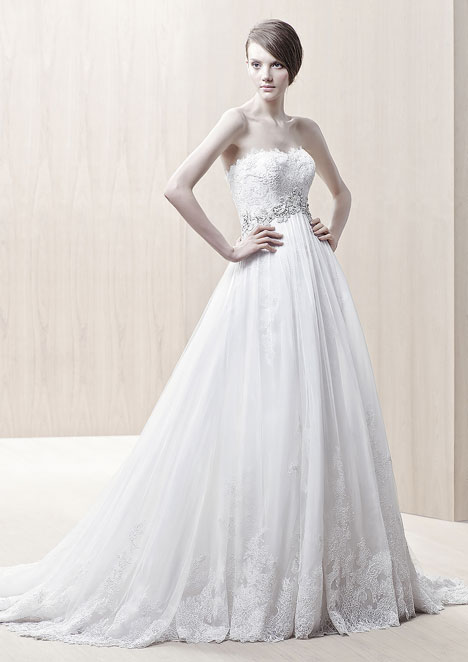 Ghislaine gown from the 2013 Enzoani collection, as seen on dressfinder.ca