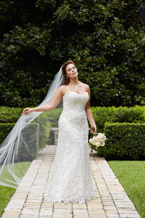 Helena Wedding                                          dress by Wtoo Curve