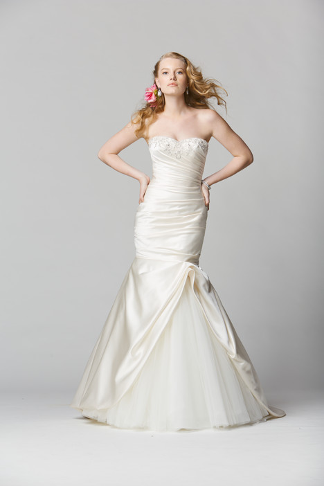 Cortona gown from the 2014 Wtoo Brides collection, as seen on dressfinder.ca