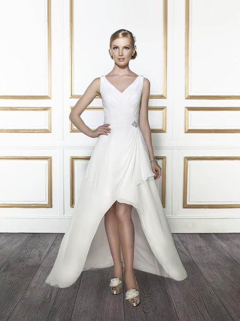 T664 Wedding dress by Moonlight : Tango