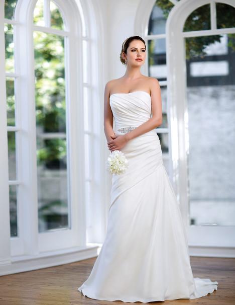 AT4599 Wedding                                          dress by Venus Bridal: Angel & Tradition