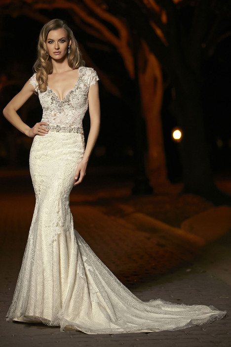 90251 Wedding                                          dress by Simone Carvalli