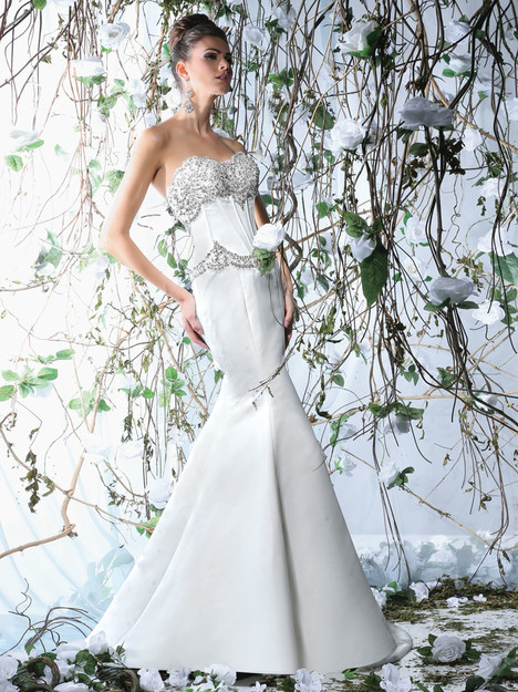 VH170 Wedding                                          dress by Victor Harper
