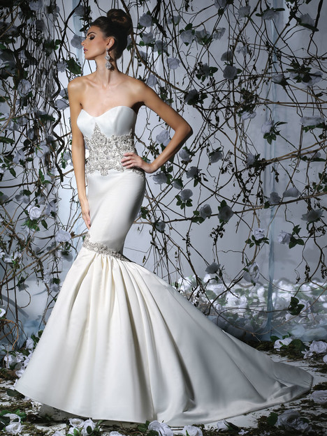 VH178 Wedding                                          dress by Victor Harper