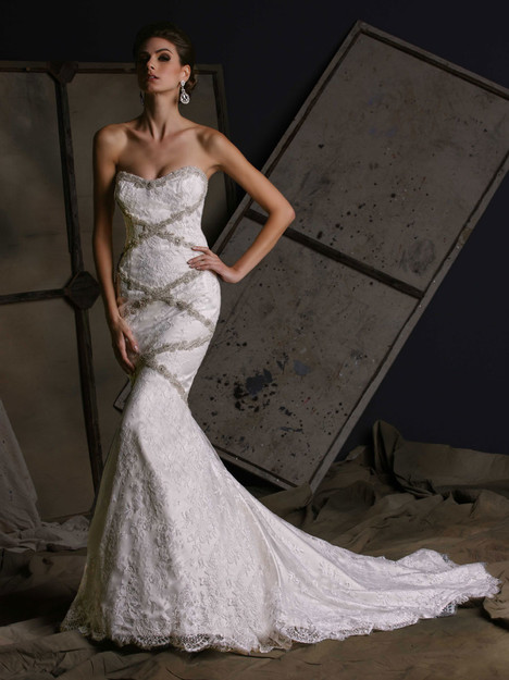 VH184 Wedding                                          dress by Victor Harper