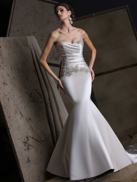 VH185 Wedding                                          dress by Victor Harper