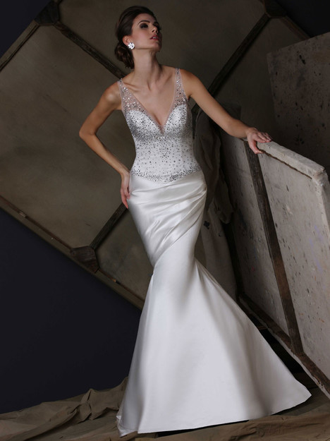 VH190 gown from the 2015 Victor Harper collection, as seen on dressfinder.ca