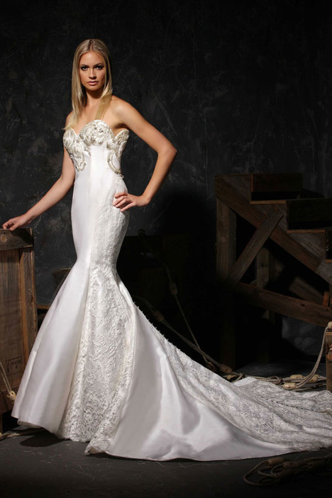 VHC300 Wedding                                          dress by Victor Harper : Couture