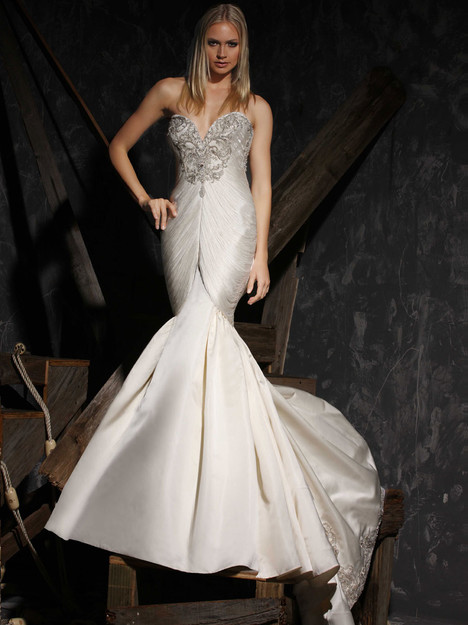 VHC312 Wedding                                          dress by Victor Harper : Couture