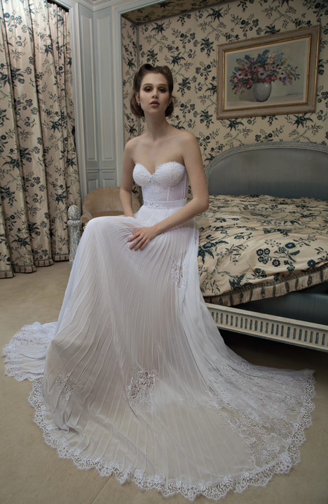 BR-13-15 gown from the 2013 Inbal Dror collection, as seen on dressfinder.ca