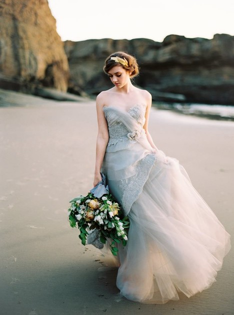 Swan Song (2) Wedding                                          dress by Claire La Faye