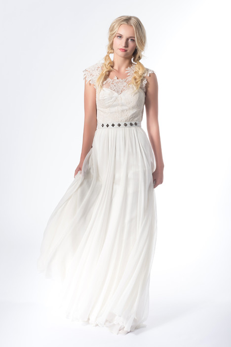 Willow gown from the 2015 Claire La Faye collection, as seen on dressfinder.ca