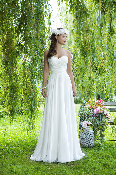 6089 Wedding                                          dress by Sweetheart