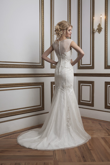 Style 8785 gown from the 2016 Justin Alexander collection, as seen on dressfinder.ca