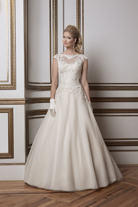 Style 8789 gown from the 2016 Justin Alexander collection, as seen on dressfinder.ca