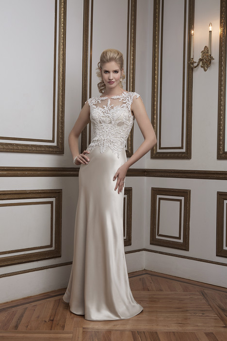 Style 8792 gown from the 2016 Justin Alexander collection, as seen on dressfinder.ca