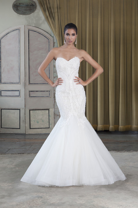 Style 9784 gown from the 2016 Justin Alexander Signature collection, as seen on dressfinder.ca