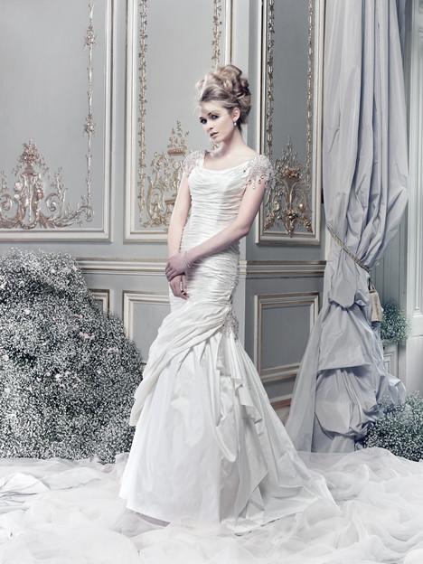 Boodles Wedding                                          dress by Ian Stuart