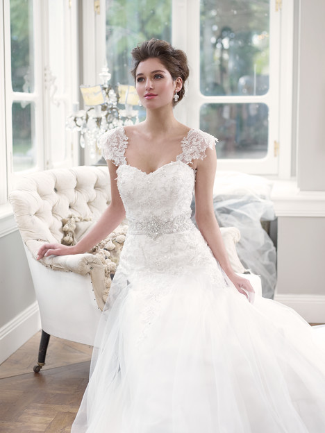 M1305L + Sleeves Wedding                                          dress by Mia Solano