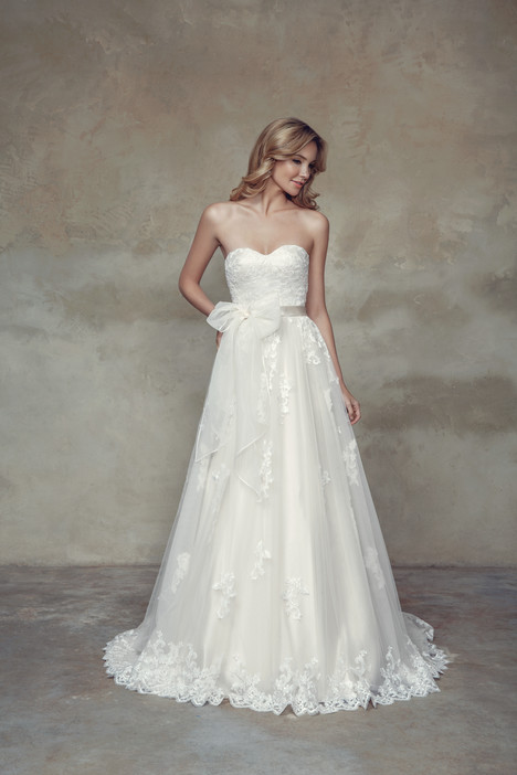 M1507L Wedding                                          dress by Mia Solano