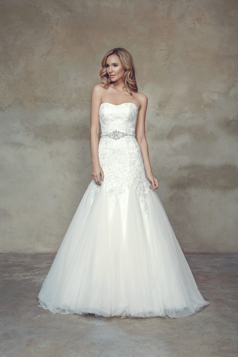 M1524L Wedding                                          dress by Mia Solano