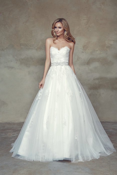 M1534L Wedding                                          dress by Mia Solano