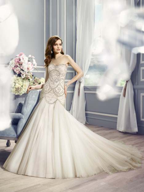 H1287 Wedding                                          dress by Moonlight : Couture