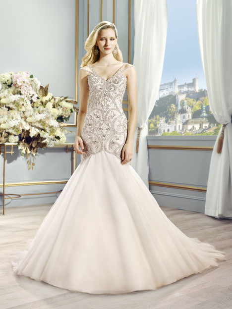 Suvi gown from the 2015 Val Stefani collection, as seen on dressfinder.ca