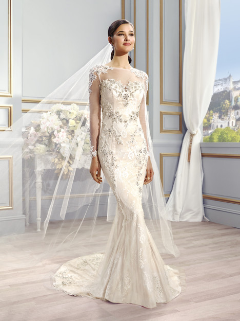 Nia Wedding                                          dress by Val Stefani