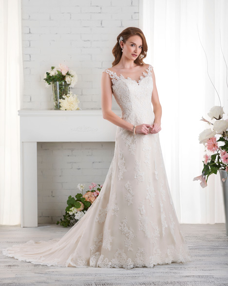 524 Wedding                                          dress by Bonny Bridal