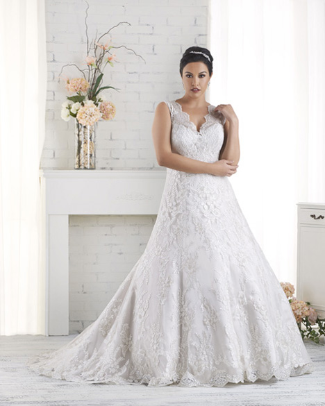 1518 gown from the 2015 Bonny Bridal collection, as seen on dressfinder.ca
