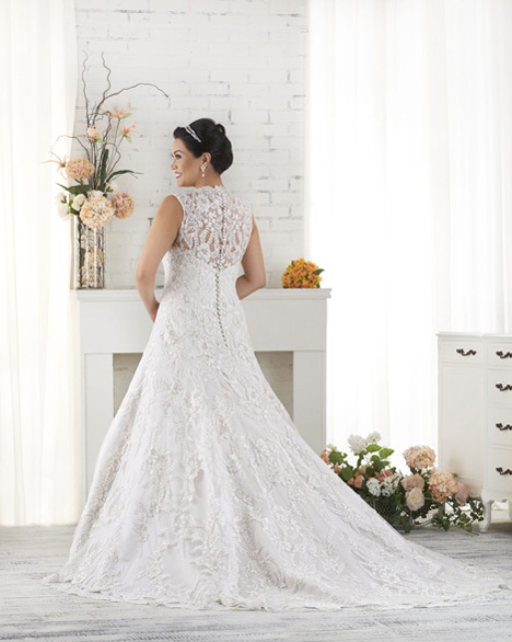 1518 (back) gown from the 2015 Bonny Bridal collection, as seen on dressfinder.ca